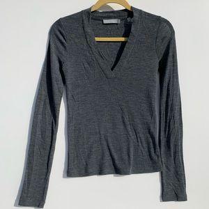 Vince 100% wool v neck long sleeve basic tee